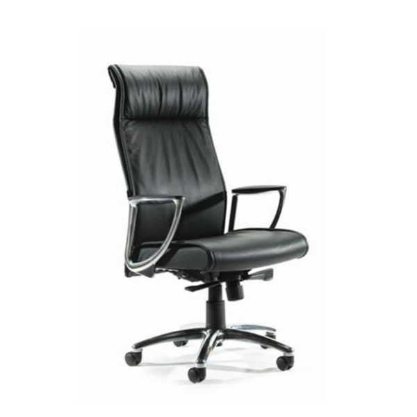 Black leather hihgback chair with chrome arms and base