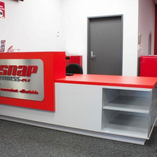 snap fitness reception counter