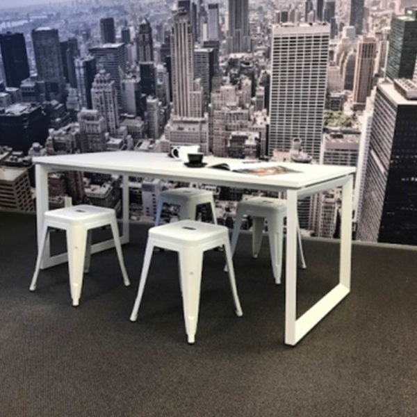 White table with white stools